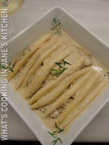 Escalope Alla Crème With Asparagus - Balthazar ©
