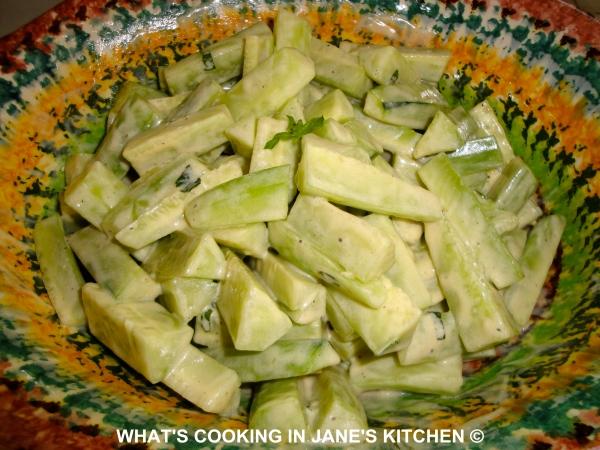 Cucumber and Yogurt Dressing ©