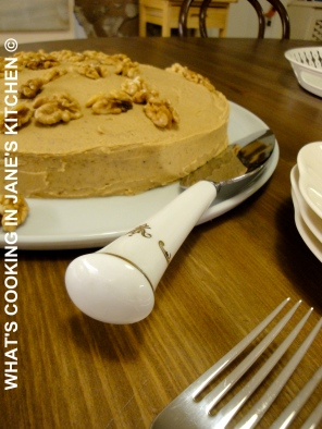 Coffee Walnut Cake ©