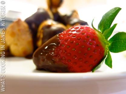 Profiterolles au Chocolat ©