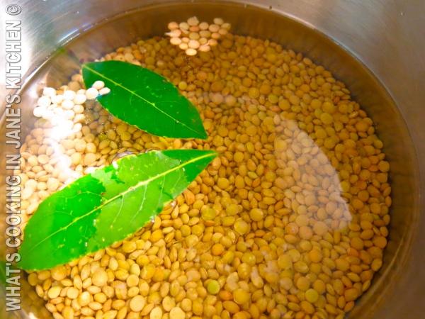 Fresh Spinach Lentil And Bulgur Wheat Salad ©