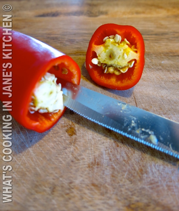 Stuffed Peppers With Cheese And Yogurt ©
