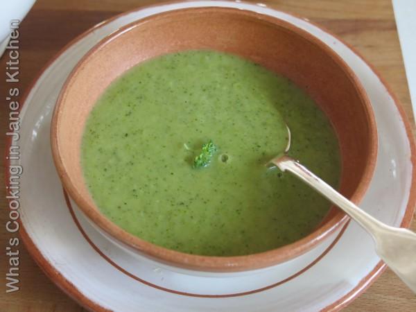 Cream Of Broccoli Soup ©