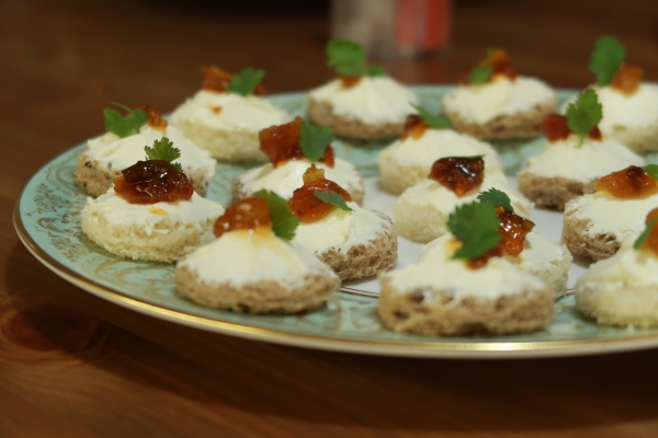 Cream Cheese And Chutney Canapés ©