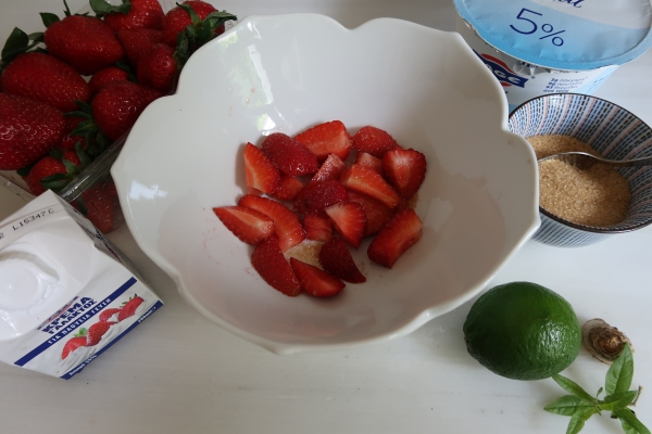 Strawberries Ginger Lime lemon Verbena and Greek Yogurt ©